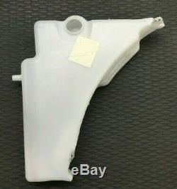 New Genuine Audi A4 A5 RS4 RS5 Windscreen Water Washer Bottle 8T0955453C