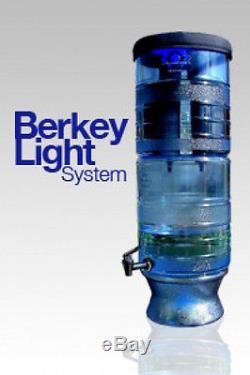 Nouveau Berkey Light Système De Filtration D'eau Avec Bouteille Et Pf-2